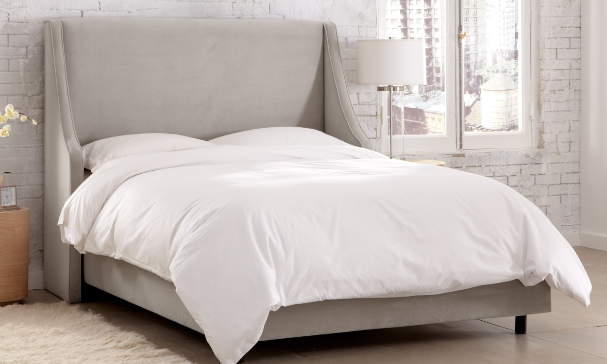 How big is a queen size bed sheet