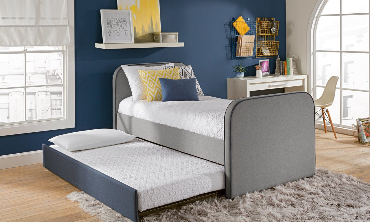 Trundle bed with a memory foam mattress