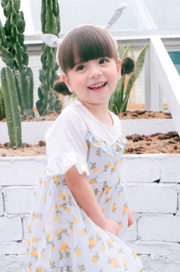 b440e894bf0a Children's Clothing and Sizing Guide | Overstock.com
