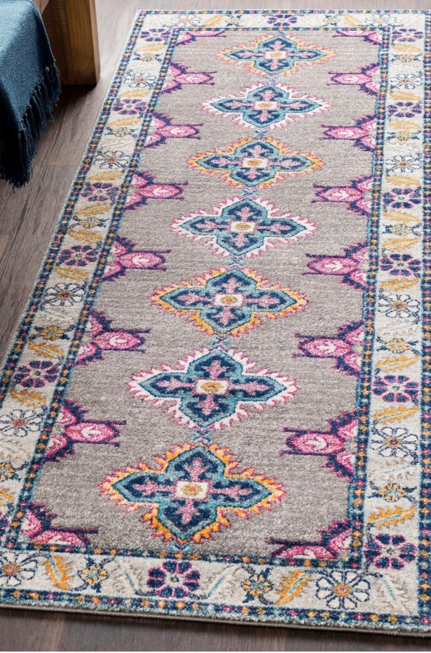 Choose a Rug That Fits Your Space
