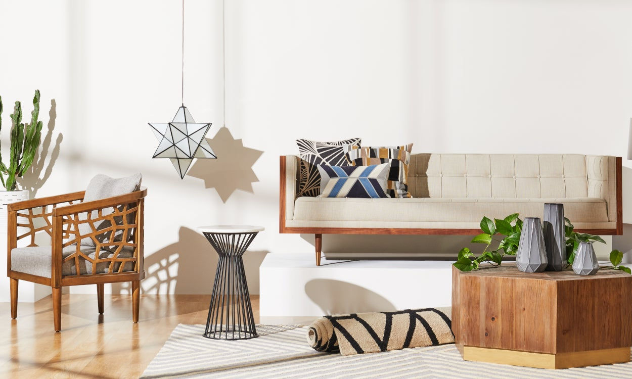 5 Easy Steps to Decorate Your Living Room | Overstock.com