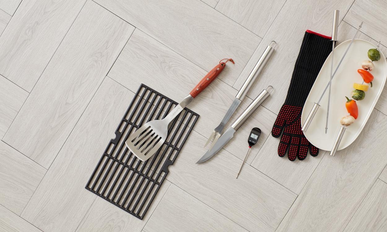 Outdoor cooking accessories