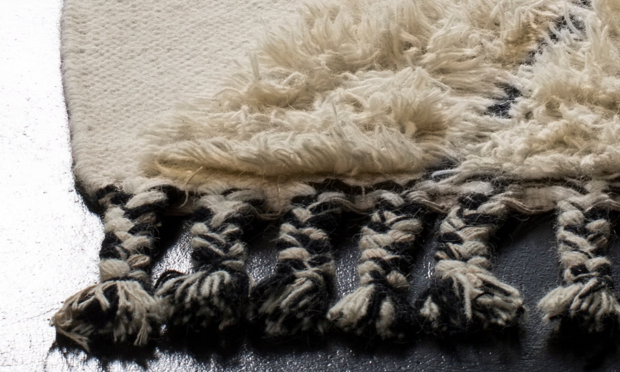Hand-Knotted Rug Quality