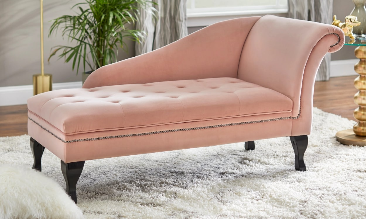 pink chaise lounge